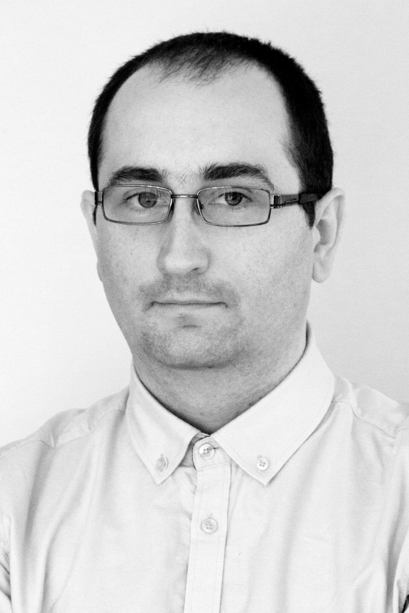 Mariusz Smolak manager emotivo